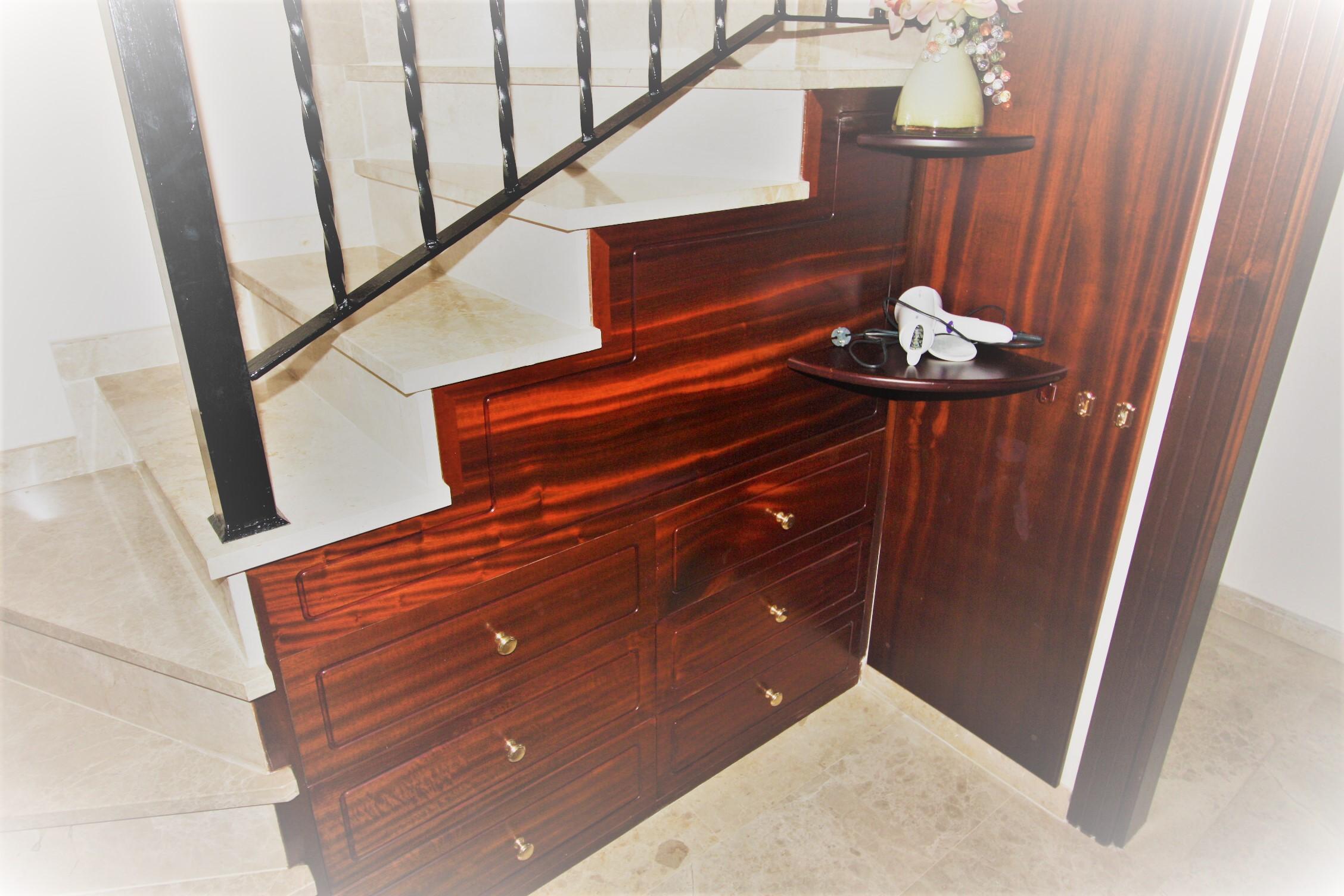 salon location salon de jardin lyon meilleures id es pour la conception et l 39 ameublement du. Black Bedroom Furniture Sets. Home Design Ideas