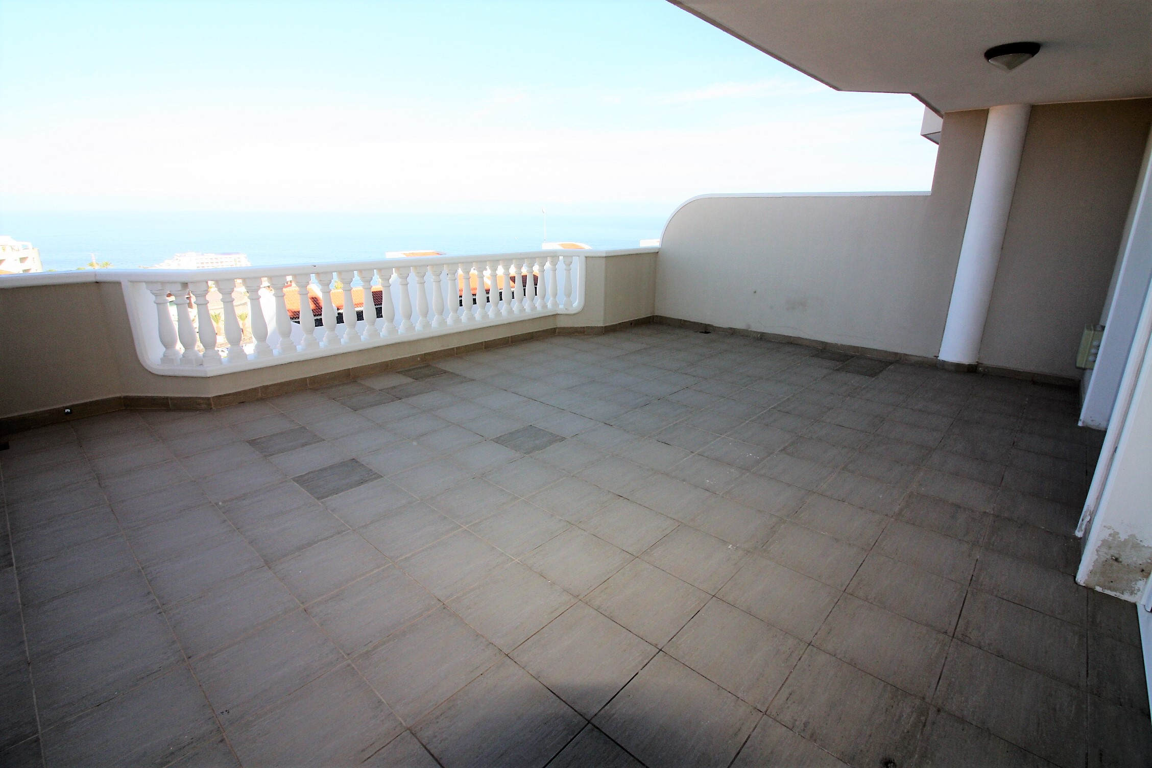 Luxurious Apartment For Sale In Gigansol Del Mar Home